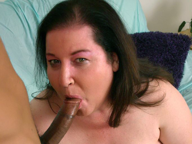 Mature BBW Works the Cock